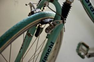 自転車の 自転車 パンク 原因 リム : 人気の自転車は場合によっては ...